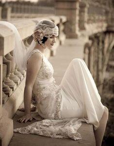 Wedding Inspiration - Great Gatsby / Lace back wedding dress. Gatsby Wedding Dress, Great Gatsby Themed Wedding, Flapper Wedding, Wedding Headdress, Flower Headpiece, Themed Weddings, 1920s Wedding Hair, 1920s Hair, Wedding Dress With Veil