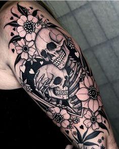 Skeleton Couple Tattoo, Skeleton Tattoos, Skull Tattoos, Body Art Tattoos, Sleeve Tattoos, Spooky Tattoos, Dope Tattoos, Unique Tattoos, Tatoos