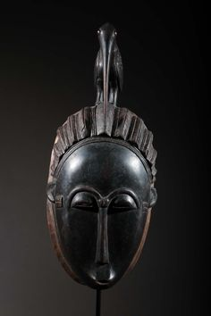 Masque Baoulé Statues, Sculpture Art, Sculptures, Dead Can Dance, Bird Masks, Atelier D Art, World Music, Tandem, African Art