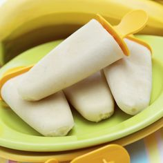 These cream popsicles are sweetened with honey and bananas.. Cream Popsicles Recipe from Grandmothers Kitchen.