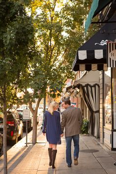 Beautiful Engagement Session in Downtown Franklin Tennessee.  #engaged #engagement #photo #photos #Nashville #Franklin #Tennessee #wedding #photographer #inspiration #downtown #mainstreet #socute #sunset