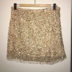 ZARA WOMAN sparkly beaded gold shimmer skirt sz S Fabulous fun skirt has elastic waist!!! Zara Skirts