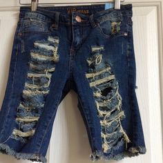 NWT Shredded Distressed VIP Jean Shorts size 1/2 Brand new totally shredded awesome shorts that I wish I could fit into  so someone really tiny please enjoy these for me ❤️ Vip Shorts Jean Shorts