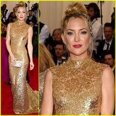 Kate Hudson Glitters in Gold Michael Kors at Met Gala 2015