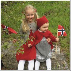 Hespetre: To svært praktiske plagg - en slags oppskrift 80s Costume, Costumes, Christmas Knitting, Christmas Sweaters, Norse Words, Baby Barn, Linen Stitch, African Flowers, Thinking Day