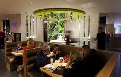 ERCO - Discovering light - Hospitality - Pizza Hut restaurant, Mill Lane Arcade