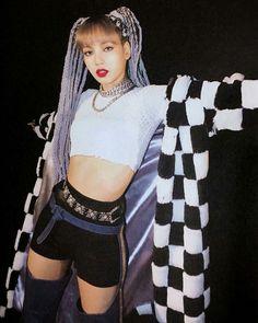Lisa kill this love Blackpink Lisa, Jennie Blackpink, Blackpink Outfits, Stage Outfits, Blackpink Fashion, Korean Fashion, Kpop Girl Groups, Kpop Girls, Square Two
