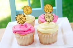 The Lemonade Stand / Summer Camp Sweet Cupcakes, Mini Cupcakes, Lemon Cupcakes, Fun Arts And Crafts, Crafts For Kids, Kids Lemonade Stands, Pink Lemonade Cupcakes, Cupcake Toppings, Summer Party Decorations
