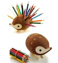 Hedgehog pencil holder!  Image courtesy of @Berry Rules  Original @http://theberry.com/2012/09/18/morning-coffee-39-photos-262/mc-random-13-249/