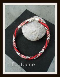spirale en r11 Beaded Crochet, Bead Crochet Rope, Crochet Necklace, Ropes, Necklaces, Bracelets, Chokers, Patterns, Beads