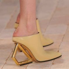 S/S14: SHOES: ARTICLES  Architectural heels: Céline spring/summer 2014