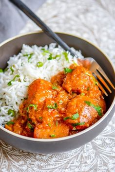 Whole baby potatoes cooked in a mild yogurt and tomato based curry is the perfect Indian-inspired meatless meal. Serve with Minute White Rice.