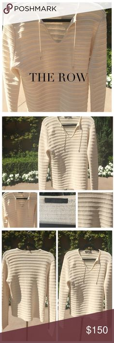 ♠️ THE ROW Cream Ribbed Tunic Top You'll be set in this top designed by THE ROW. Color: Cream Condition: Excellent. The Row Tops