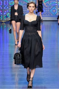 Spring Summer 2012 Ready-To-Wear - Milano // Dolce & Gabbana. Oh Yeah. Great line this Spring.