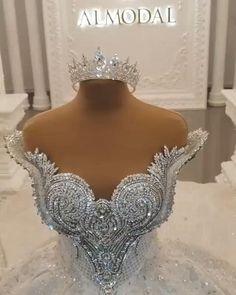 Crystal Wedding Dresses, Fancy Wedding Dresses, Amazing Wedding Dress, Luxury Wedding Dress, Wedding Dress Accessories, Bridal Dresses, Wedding Gowns, Gorgeous Dress, Swarovski Wedding Dress