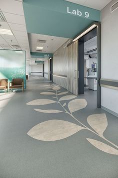 Mohawk Group offers both hard and soft performance flooring solutions for all commercial environments. Healthcare Architecture, Healthcare Design, Architecture Design, Clinic Interior Design, Clinic Design, Medical Office Design, Hospital Design, Luxury Vinyl Flooring, Treatment Rooms