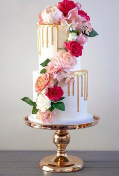 42 Yummy And Trendy Drip Wedding Cakes ❤ drip wedding cakes drip gold cake with flowers keepitcake #weddingforward #wedding #bride