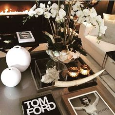The Netherlands / Huizen / Head Quarter / Show Room / Living Room / Tom Ford / DK Home / Eric Kuster / Metropolitan Luxury