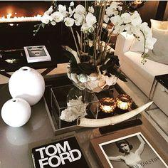 The Netherlands / Huizen / Head Quarter / Show Room / Living Room / Tom Ford / DK Home / Eric Kuster / Metropolitan Luxury