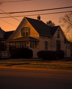 Beautiful light in these photos by Winfield, Illinois-based photographer Thomas Jordan. Beautiful Lights, Beautiful Places, Jordan Photos, The Last Summer, Arte Pop, Aesthetic Pictures, The Neighbourhood, Scenery, Facade
