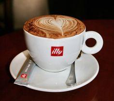 Café Illy preparado con mucho amor.
