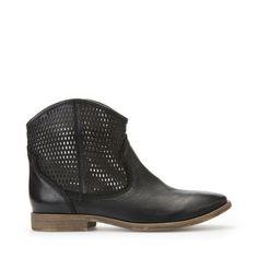 Explore Elixir women's booties in black. Shop now at Geox.com. Free and easy returns!
