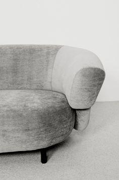 Christophe Delcourt | ANA Sofa