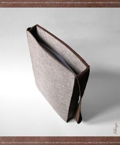 FELT MINIMALIST leather and felt messenger bag