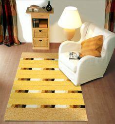 בחלל מצומצם, שטיח נכון יכול ליצור תחושת מרחב גדולה יותר.