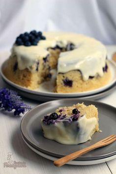 shakeology mug cake Mug Recipes, Cake Recipes, Dessert Recipes, Shakeology Mug Cake, Cake Business, Sweet Pie, Sweets Cake, Sweet Desserts, Bakery