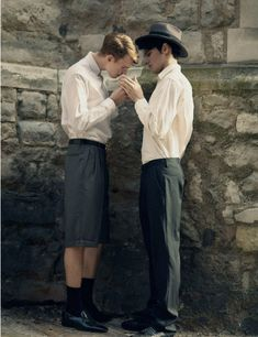 reminds of me of those British 50s films where any interaction between male students was lushly homoerotic