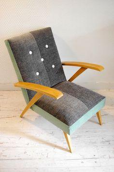 Fauteuil vintage habillé de grandes chutes de tissus. http://labracadabroc.overblog.com/2015/01/fauteuil-vintage-tout-doux.html