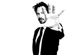 keanu_reeves_man_actor_black_white_hand_white_jacket_19090_1280x1024.jpg (1280×1024)
