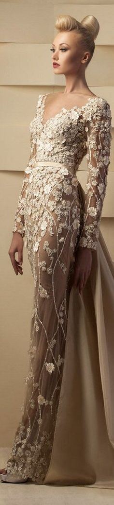 Rosamaria G Frangini ... Hanna Toumajean couture 2015 #dress #flower #couture