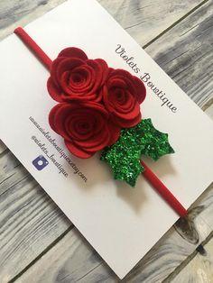 Holly Headband red felt flower and holly leaves headband Diy Hair Bows, Diy Bow, Diy Ribbon, Felt Decorations, Christmas Decorations To Make, Christmas Bows, Christmas Crafts, Newborn Girl Headbands, Felt Headband