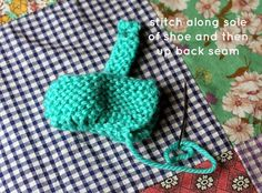 little jenny wren . life and dolls : the little jenny wren shoe, a simple knitted doll shoe Knitted Doll Shoes Free Pattern, Doll Shoe Patterns, Baby Booties Knitting Pattern, Doll Patterns Free, Knit Baby Booties, Knitted Dolls, Knitting Patterns Free, Knitting Dolls Clothes, Rabbits