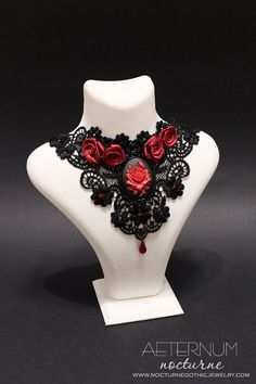 Red rose Vampire Lace Gothic choker - black necklace, satin roses, red rose cameo and Swarovski crystal pendant - Victorian Gothic Jewelry