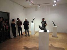 """#Druk3D to nie tylko prototypowanie i produkcja. Okazuje się, że w rękach zdolnego artysty drukarka 3D może być świetnym narzędziem do tworzenia oryginalnych prac. Twórcą widocznych na zdjęciach rzeźb jest Piotr Idzi, wystawa """"Artefakty 2.0"""" w Centrum Sztuki Współczesnej """"Solvay"""" (zdjęcia z wernisażu). Druk na #UrbicumMX. Gratulujemy! :)  #Sztuka #Rzeźba"""