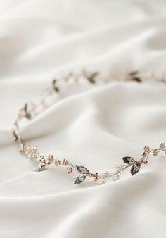 FAYETTE delicate wedding halo 3