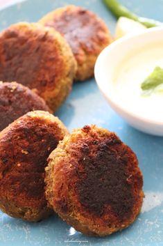 Shami Kebab Recipes, Shami Kebabs, Vegetarian Recipes, Cooking Recipes, Green Chutney, Iranian Food, Middle Eastern Recipes, Kabobs, Garam Masala