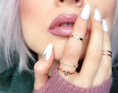 18 Best Nail Strengtheners & Nail Growth Vitamins: How to Grow Nails Fast - Glowsly Grow Nails Faster, How To Grow Nails, Damaged Nails, Nail Growth, Nail Length, Classic Nails, Shiny Nails, Strong Nails, Healthy Nails