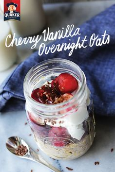 Looking for a filling whole grain breakfast? Look no further than our Cherry Vanilla Overnight Oats. This tasty blend of cherries rolled Quaker Oats Müller Yogurt and other spices makes for an irresistibly delicious make-ahead breakfast that will h Vanilla Overnight Oats, Peanut Butter Overnight Oats, Overnight Oatmeal, Oatmeal Jar, Oatmeal Yogurt, Overnight Breakfast, What's For Breakfast, Breakfast Dishes, Breakfast Recipes