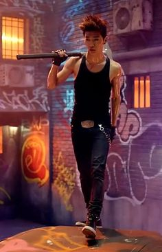 Yongguk Japanese warrior MV. I know I love zelo but in this picture...... Man...