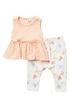 Fleece Shorts, Ruffle Shorts, Striped Shorts, Little Fashionista, Baby Girl Romper, Tops For Leggings, Cotton Pants, Printed Skirts, Peplum