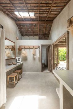 Bohemian Casa Lola as Tropical Paradise Dream Home Design, My Dream Home, House Bali, Tropical Houses, Tropical Paradise, Tropical House Design, Mediterranean Homes, Bathroom Interior Design, Design Bedroom