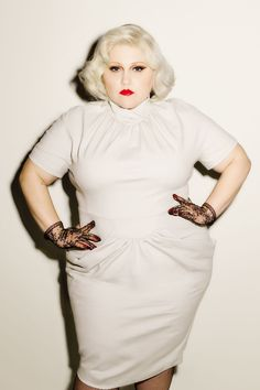 Beth Ditto Releases 'Unapologetic' Plus Size Collection Fashion Line, Fashion Images, Curvy Fashion, Star Fashion, Plus Size Fashion, Fashion News, Beth Ditto, Black Lace Gloves, Lace Dress Black