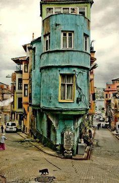 Turquoise corner house in Havana