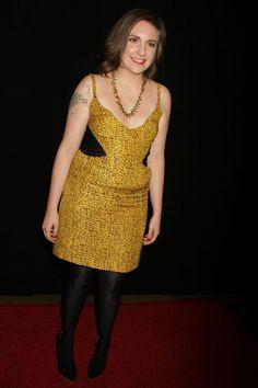 Lena Dunham en robe jaune aux LAFCA en 2011 Lena Dunham, Marie Claire, Playboy, Emily Vancamp, Terry Richardson, Zooey Deschanel, Funny Tattoos, Wedding Humor, Mannequin