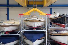 Ook voor de zomerstalling of beveiligde winterstalling van uw boot of sloep kunt u terecht bij  full service watersportbedrijf BoLa Maritiem in Monster.