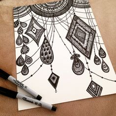 40 absolutely beautiful zentangle patterns for many uses - bored art Mandalas Drawing, Zentangle Drawings, Doodles Zentangles, Zentangle Patterns, Doodle Drawings, Mandala Art, Pattern Wall, Tattoo Painting, Image Clipart